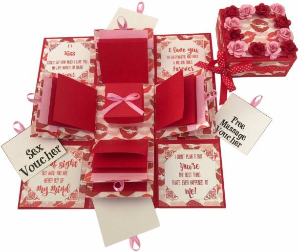 Crack of Dawn Crafts 3 Layered Romantic Explosive Box - Hot Lips Greeting Card