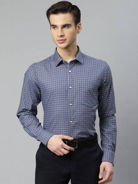 PARK AVENUE Men Checkered Formal Dark Blue Shirt