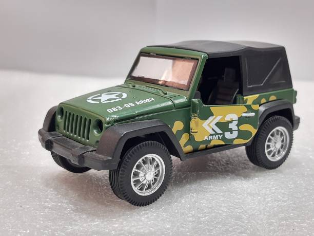 Miss & Chief Pull Back 1:36 Die Cast Military Off Road Jeeps with Rubber Wheels & Door Opening for Kids, Multicolor