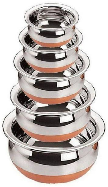 RBGIIT Pack of 5 Stainless Steel Stainless Steel Perfect Copper Handi Set for Everyday Use Whether you want to cook a delicious serving of your favourite sabzi or heat leftover curries from the previous day, the 5-piece copper handi set, Prabhu Chetty, Curved Copper Plate at Bottom, Best Quality Stainless Steel Copper Bottom 5 Pic Handi Pot Set, Brown & Steel, 5 Pic Handi Copper Vegetable Bowl ,Cooking Dinner Table Serving Biryani Pot Handi Kadhai , Panikarilikka Steel Handi 5 Pices Sets Handi 0.65 L, 0.85 L, 1.23 L, 1.83 L, 2.45 L Dinner Set
