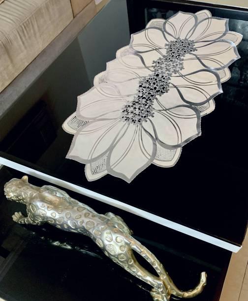 DELHI PVC CORP Silver, White 80 cm Table Runner