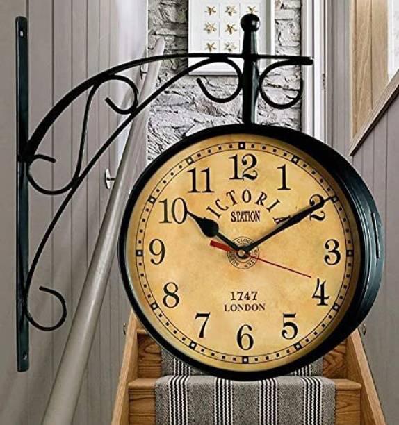 gateffo Analog 26 cm X 26 cm Wall Clock