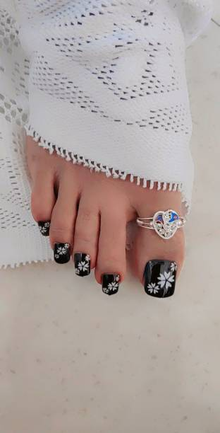 business venture 24 PC/Set NATURAL TOE Reusable Artificial Nail/Nails with glue black, white
