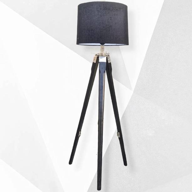 The Fullcart Tripod Floor lamp