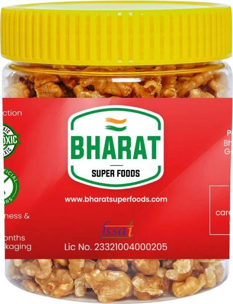Bharat Super Foods Chile Walnut Kernels without Shell (Akhrot Giri) Grade 8 Pc (250gm Jar Pack) Walnuts