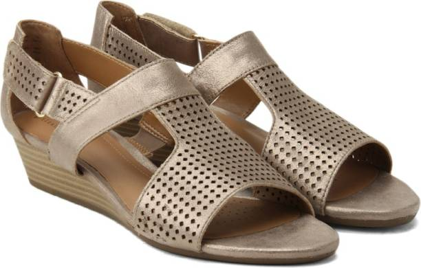 69dd2f9185cdf Clarks Wedges - Buy Clarks Wedges Online at Best Prices In India ...