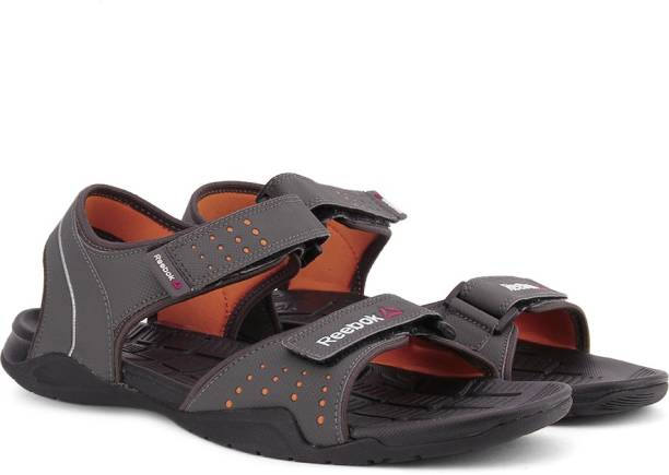 49e423cb521 Metallic Sandals Floaters - Buy Metallic Sandals Floaters Online at ...
