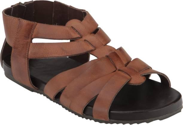 e10bcd18edacd Estd 1977 Footwear - Buy Estd 1977 Footwear Online at Best Prices in ...