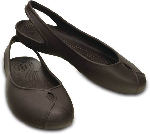 418a9aba259 Crocs Flats - Buy Crocs Flats For Women Online at Best Prices in ...