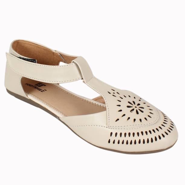 d9a975fb58d5 Footshez Womens Footwear - Buy Footshez Womens Footwear Online at ...