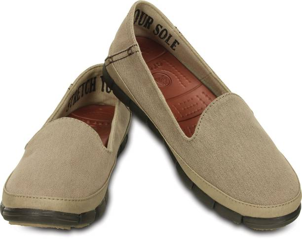 5b9304b2e05 Crocs Casual Shoes - Buy Crocs Casual Shoes For Women Online at Best ...