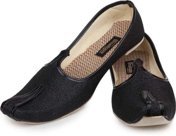 Shoetopia Mojaris For Men