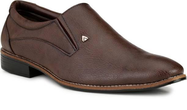 Mactree Dexter Slip On Shoes For Men