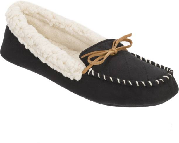 3459d69fee1 Dearfoams Dearfoams Microsuede Moccasin Slipper with Quilted Vamp Black  Mocassin For Women