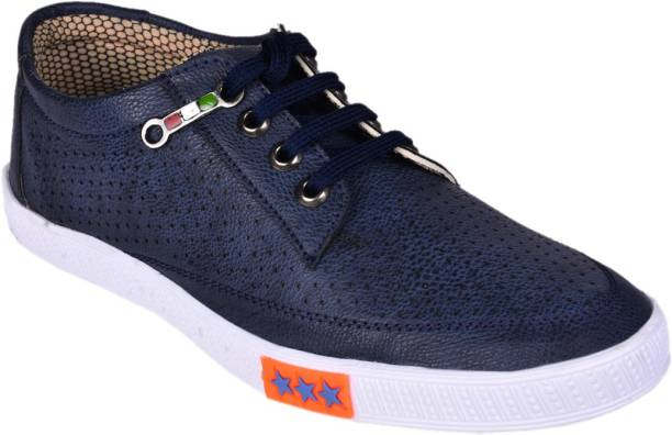 1346650ff8f1b1 Messi Casual Shoes - Buy Messi Casual Shoes Online at Best Prices In ...