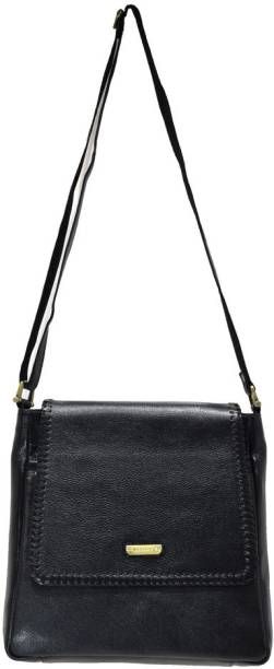 Moochies Women Casual Black Leatherette Sling Bag