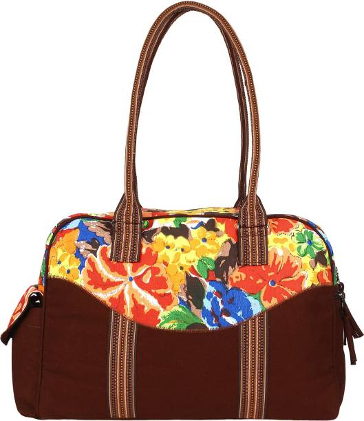 Women Small Travel Bags - Buy Women Small Travel Bags Online at Best ... 71d60554ae