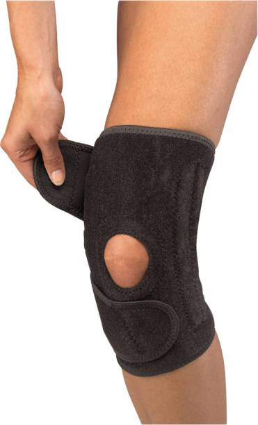 80ec356bca Mueller Neoprene Blend Patella Stabilizer Knee Support (Free Size, Black)