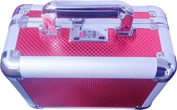 Pride STAR Mellisa to store cosmetics Vanity Box