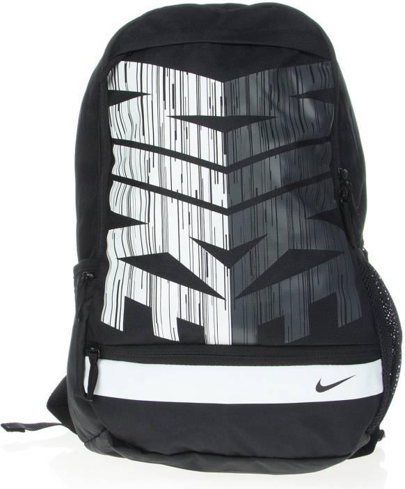 the best attitude 9d283 2fba1 Nike Classic Line Unisex Medium Backpack (Black, White)