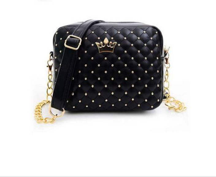 c234ad8e2ae Buy Di Grazia Sling Bag Black Online   Best Price in India ...