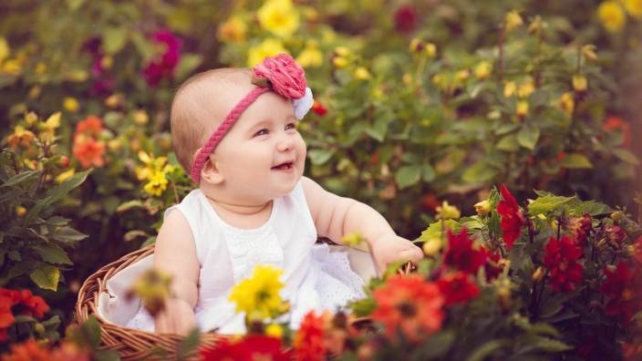 sweet baby girl on good quality hd quality wallpaper poster fine art print - Sweet Baby Girl