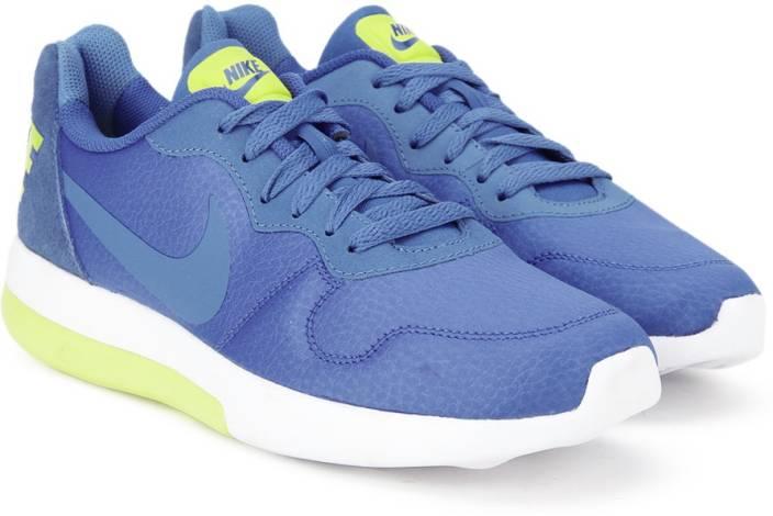 44b0bd99b Nike MD RUNNER 2 LW Sneakers For Men - Buy PARAMOUNT BLUE/COMET BLUE ...