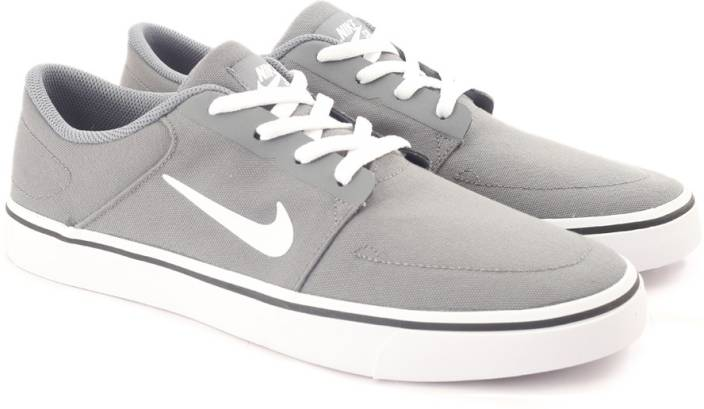 sports shoes dce64 6945e Nike SB PORTMORE CNVS Sneakers For Men (Grey)
