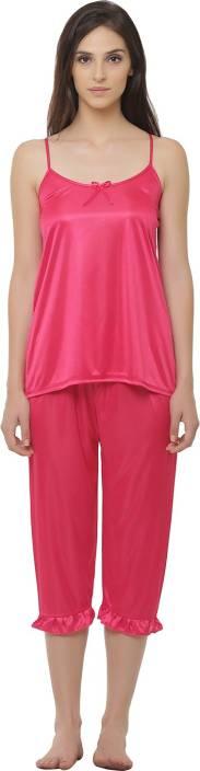 Clovia Women Solid Pink Top & Capri Set