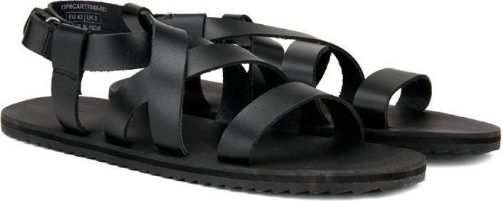 3ff64bda3990c United Colors of Benetton Men 902 Sandals - Buy Black Color United ...