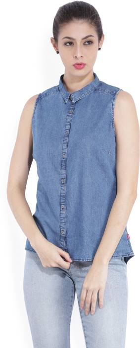 Levi's Women's Solid Casual Blue Shirt