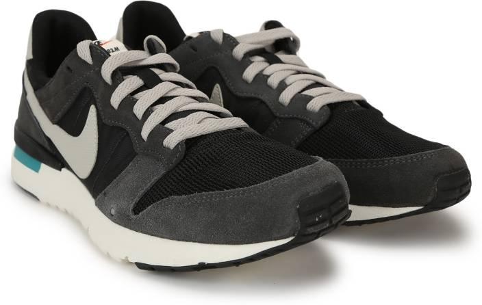 buy online 93213 d1f1d Nike ARCHIVE  83.M Sneakers For Men (Multicolor)