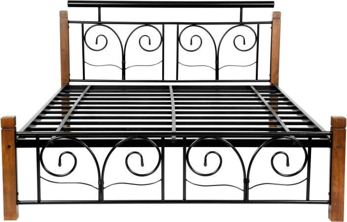 FurnitureKraft Chicago Metal Queen Bed