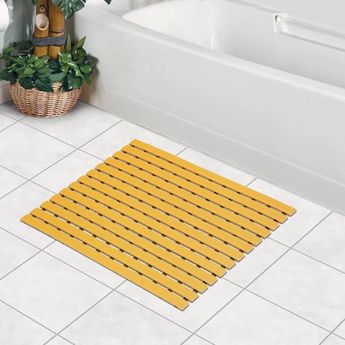 bathroom mat. Fabsouk Retails PVC Bath Mat Shower  61 x 45 cm Anti Slip