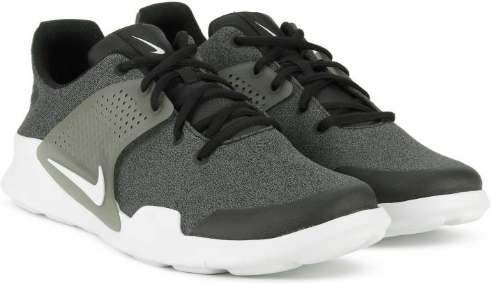 10beef0d85f Nike ARROWZ Sneakers For Men - Buy BLACK WHITE-DARK GREY Color Nike ...
