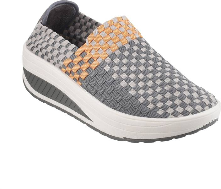 Mochi Activ Sneakers