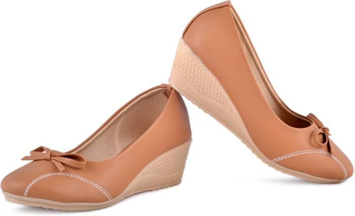 38de86b2a77c PIPILIKA Queen 113.237 Brown Trendy High Heel Wedges Belly Shoe for Women  Bellies For Women (Brown)