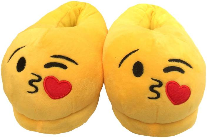 232d17d814d5 Apple Love Kiss Emoji Home Wear Rich Slippers Slippers - Buy Apple Love  Kiss Emoji Home Wear Rich Slippers Slippers Online at Best Price - Shop  Online for ...