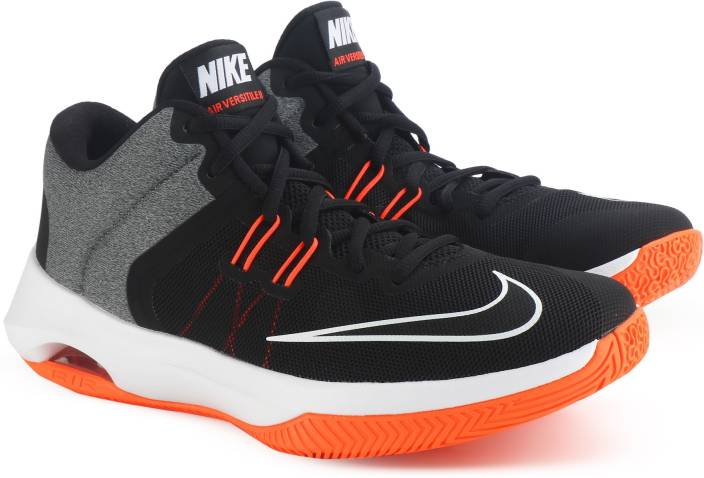 Nike AIR VERSITILE II Basketball Shoes For Men - Buy BLACK WHITE ... 780eaeacd