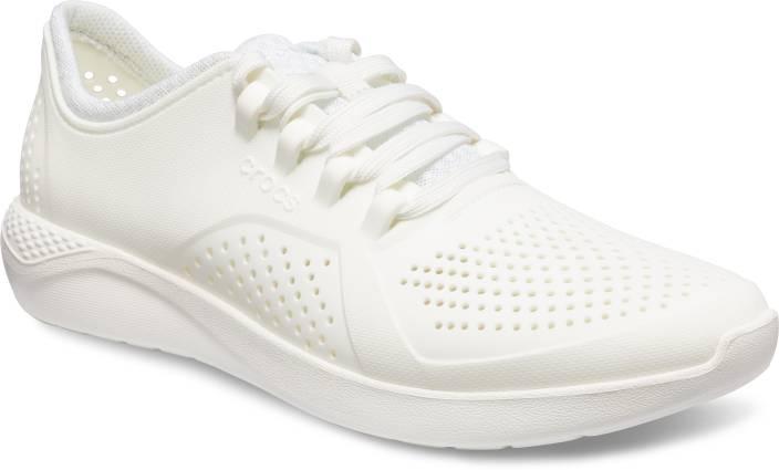 9ffc8de37617 Crocs LiteRide Pacer M Walking Shoes For Men - Buy Crocs LiteRide ...