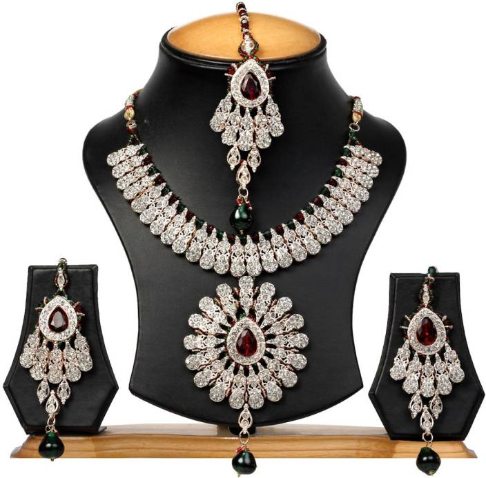 The Pari Zinc Jewel Set