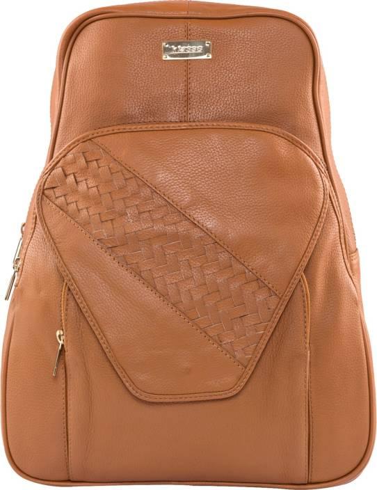 Klasse Spacious N Trendy 2.5 L Laptop Backpack