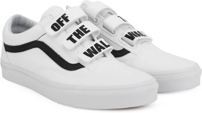 5cc116b50a2 Vans Old Skool V Sneakers For Men - Buy (Off The Wall) true white ...