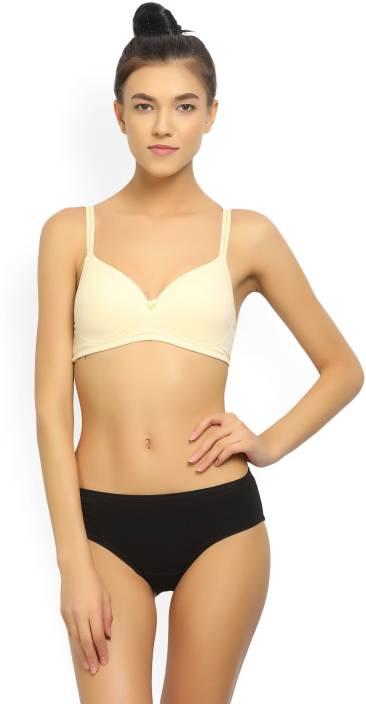 309ef3b9f66bb Hanes Women s T-Shirt Lightly Padded Bra - Buy NUDE Hanes Women s T ...