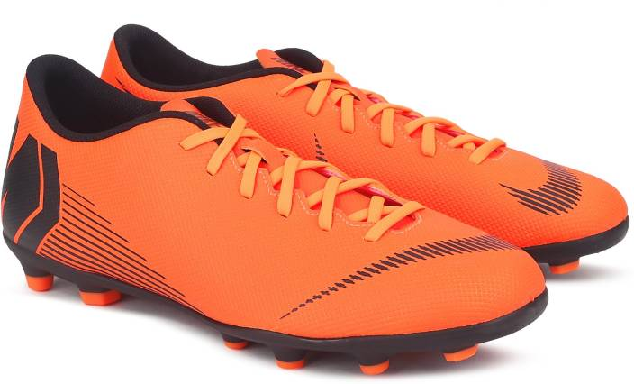 outlet store dbf05 cd660 Nike VAPOR 12 CLUB FG MG Football Shoes For Men (Black, Orange)
