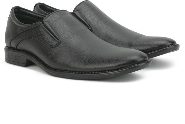 1f4a8ea157 Bata TOMMEN Formal Shoes For Men - Buy Black Color Bata TOMMEN ...