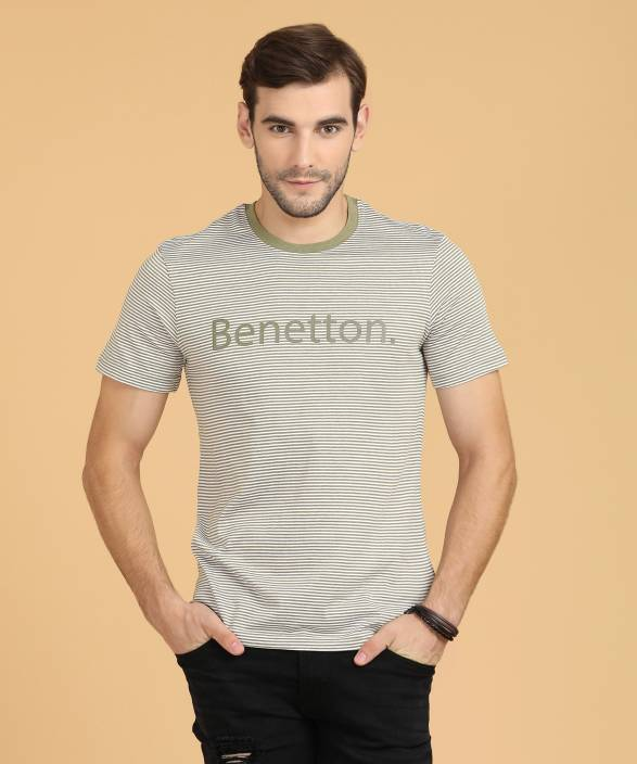 a1bf9a5fd4 United Colors of Benetton Narrow Stripes Men Round Neck Green T-Shirt
