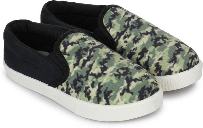 Miss & Chief Boys & Girls Slip on Sneakers