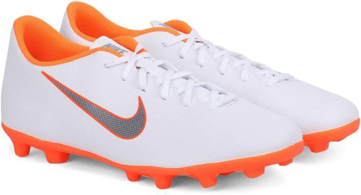 Nike VAPOR 12 CLUB FG MG Football Shoes For Men - Buy Nike VAPOR 12 ... 7a06832842