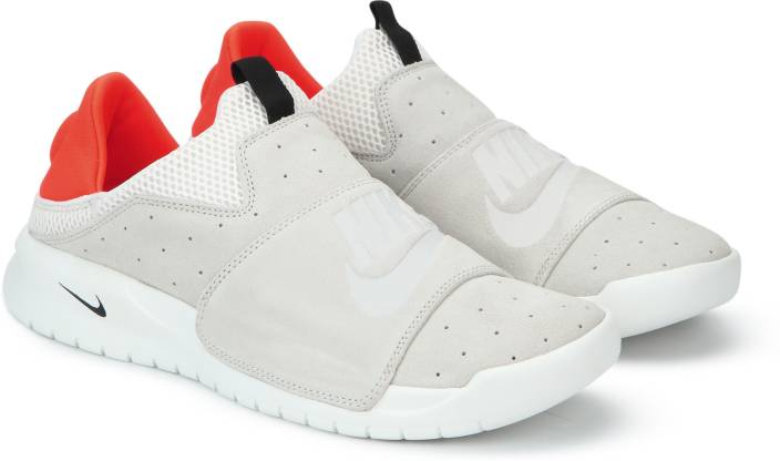 cb5e0d2ee21 Nike BENASSI SLIP SHOE Casuals For Men - Buy Nike BENASSI SLIP SHOE ...